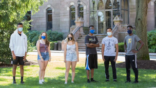 Group of students with face masks.
